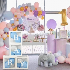Perspex Baby Show Box
